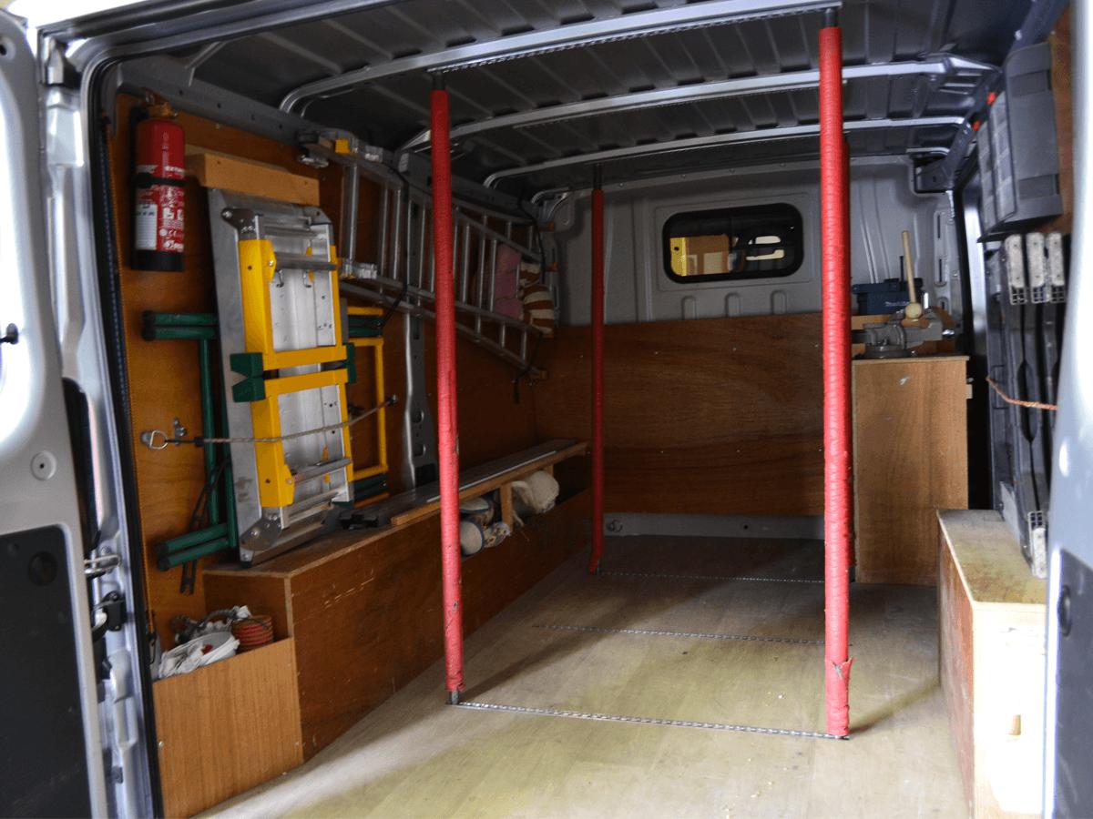 menuiserie patrick couton parempuyre produits services amenagement vehicules diapo 02 - Aménagement de véhicules