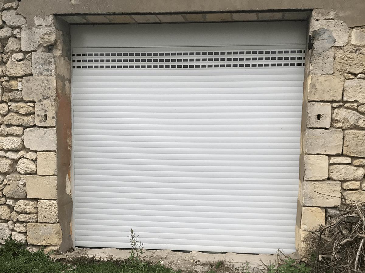 menuiserie patrick couton parempuyre produits services portes de garage diapo 04 - Portes de garages