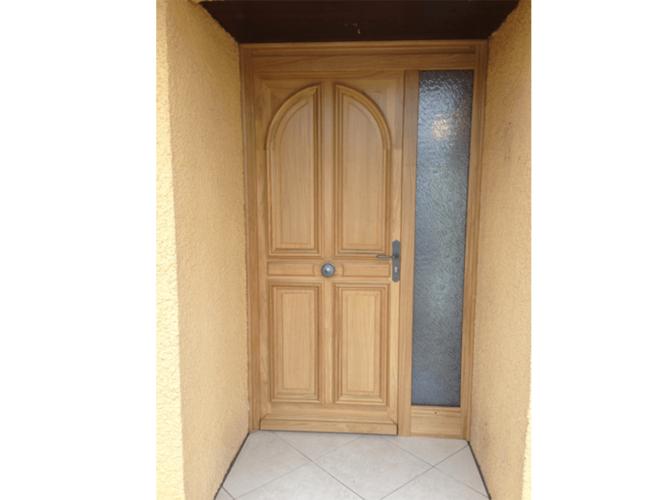 menuiserie patrick couton parempuyre produits services portes exterieur diapo 05 e1604245501993 - Portes d'entrée