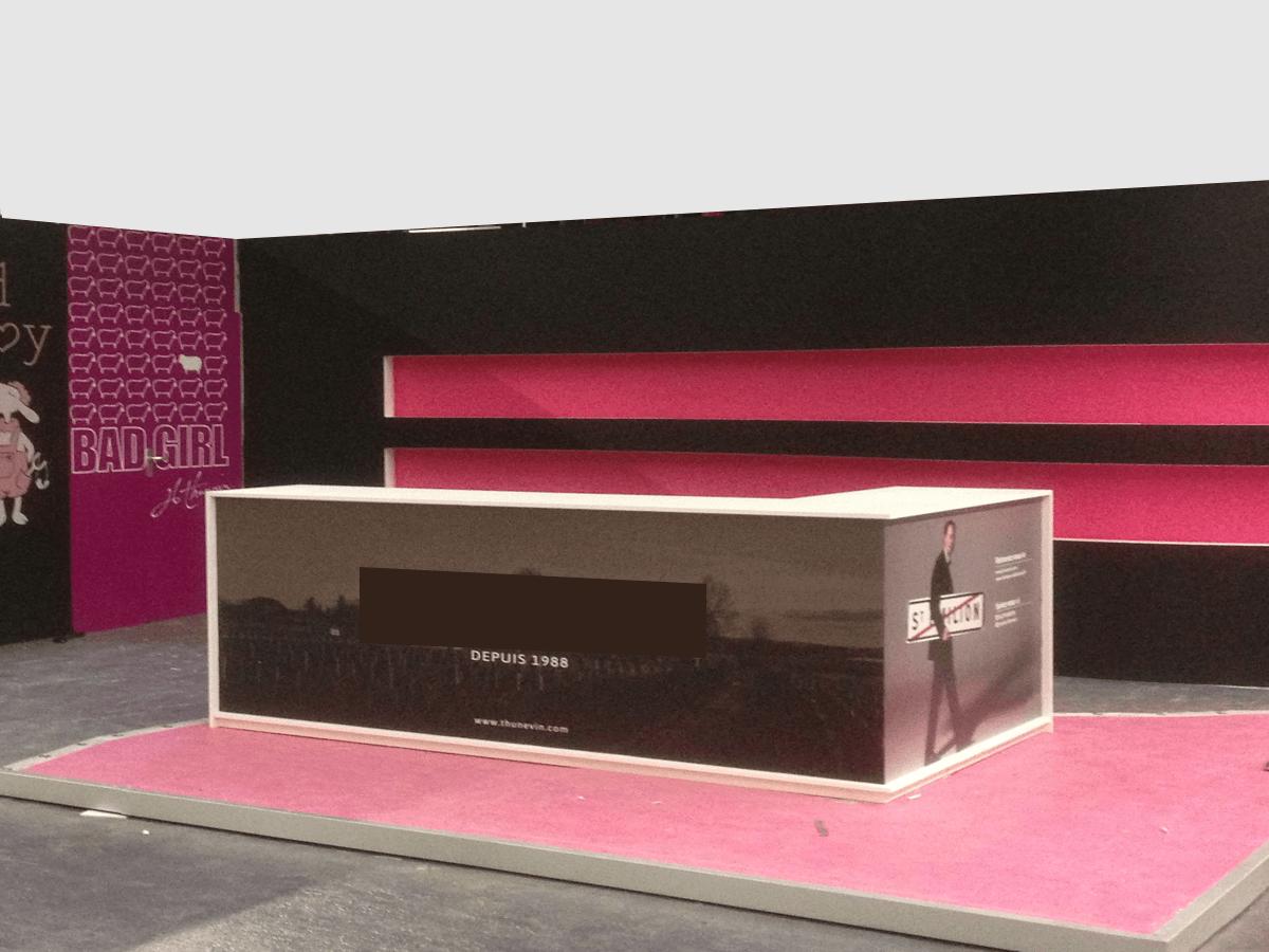menuiserie patrick couton parempuyre produits services stands diapo 01 - Stands d'exposition
